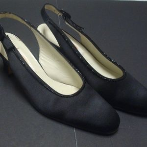 Talbots Womens Sling Back Heels Sz 6.5M Cuban Heel
